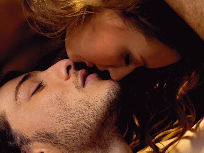 Los mejores tips para dar inolvidables besos
